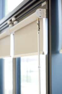Rolshade 430 crank operated door blinds